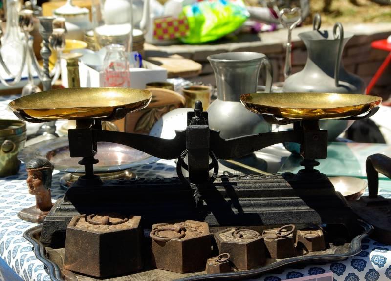 Antiquit marseille brocante vente de meubles anciens tableaux antiquaires marseille - Vide grenier marseille prado ...
